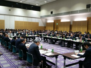 自治体主導地域エネルギーシステム整備研究会へ出席2(別アングル)