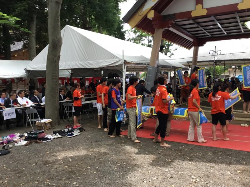 「わんぱく相撲東京都大会が府中市内の大國魂神社で開催」の画像